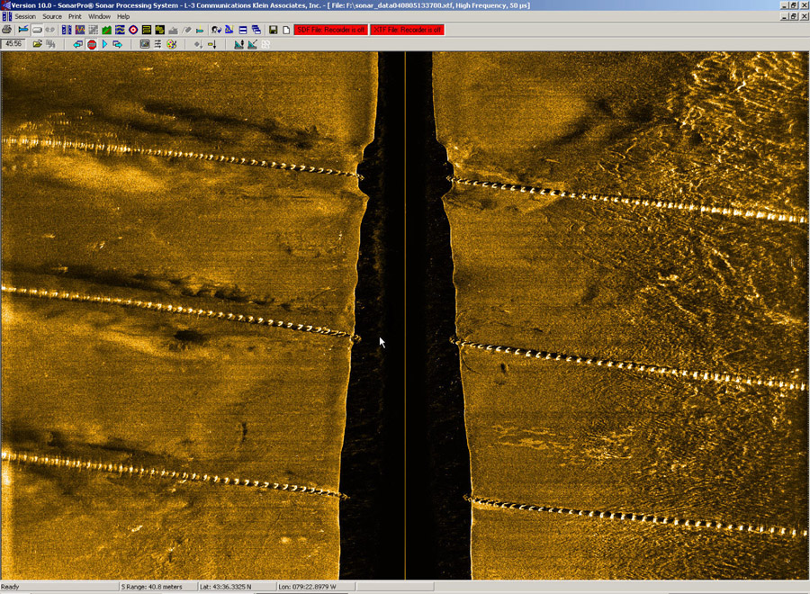 System 3000 Side Scan Sonar Image Of Pipelines At 500 KHz